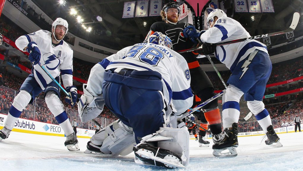 Lightning winning streak at 10 Vasilevskiy shutout