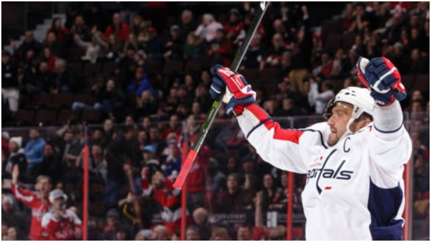 Alex Ovechkin scores 700th goal