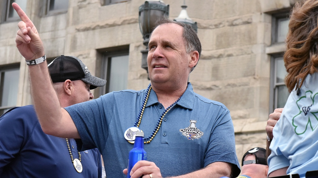 Longtime St. Louis Blues broadcaster John Kelly, jr. during the St. Louis Blues victory parade