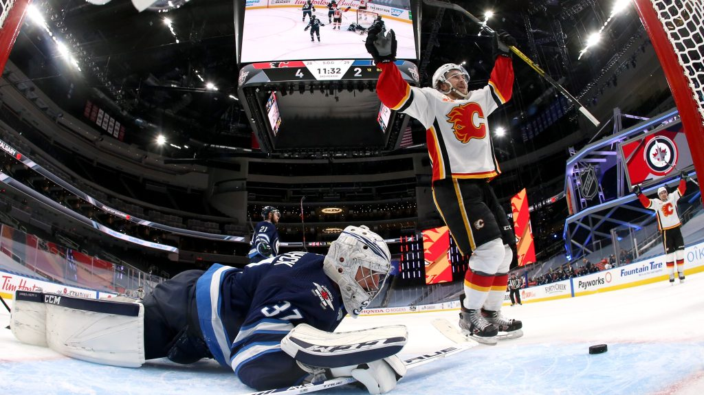 Flames-Jets stream