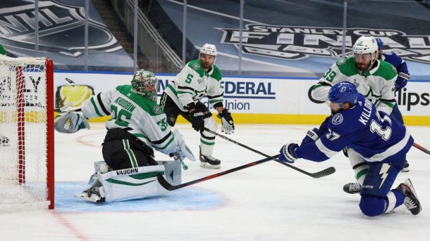 Stars win Game 1 of Stanley Cup Final as Khudobin stifles Lightning