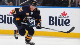 Sabres sign Victor Olofsson for two years, $3.05M cap hit