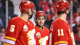 Pandemic Punts: Patience running out for Flames' Giordano-Gaudreau combo?