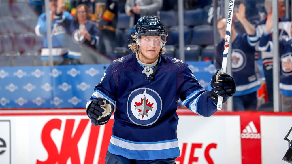 NHL training camp news, notes: Laine on trade rumors; Ovechkin, Barzal, more