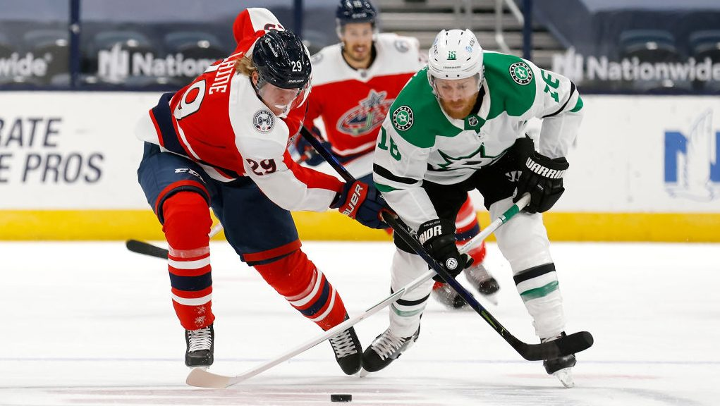 Stars beat Laine in Blue Jackets debut, Tyler Toffoli, The Buzzer