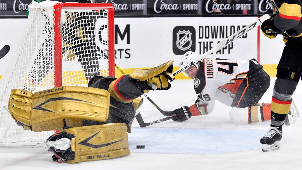 The Buzzer: Thursday quite the night for NHL goalies