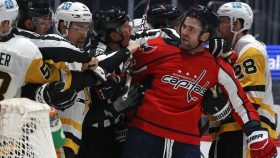 Here's the latest controversial hit from Capitals' Tom Wilson
