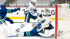 The Buzzer: Canucks win in return from COVID-19 protocol (Sunday in NHL)