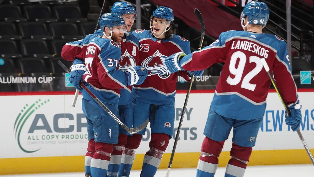 The Buzzer: Presidents' Trophy race down to Avs, Golden Knights (Wednesday in NHL)