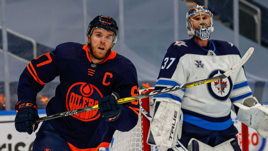 NHL Playoff Buzzer: Hellebuyck blanks McDavid, double OT, more from Friday