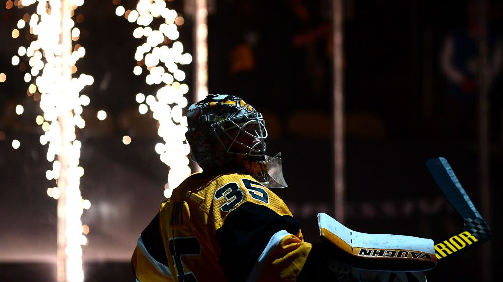 NHL Playoff Buzzer: Goalies make difference in Game 2 action