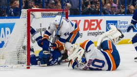 Point gets penalty, Varlamov shaken up after big collision