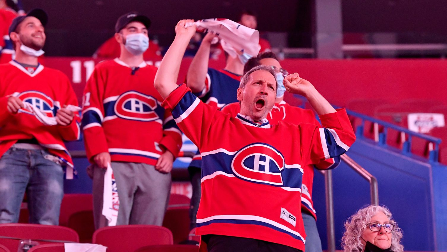 PHT Morning Skate: Habs hoping for bigger Game 3 crowd; Killorn 'day-to-day'