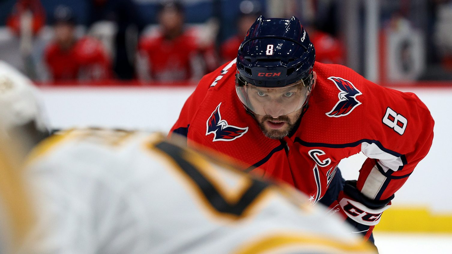 Rock the gray: Old Capitals still contending for Stanley Cup