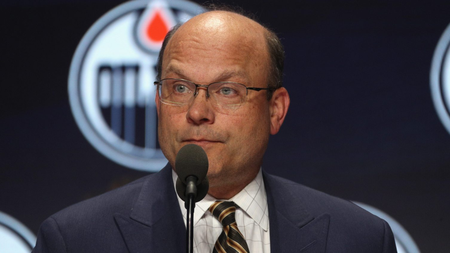 Blues add Peter Chiarelli, Ken Hitchcock to front office
